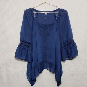 Lace Accent*Bell Sleeve Flowy Top*NWOT*Sz L*